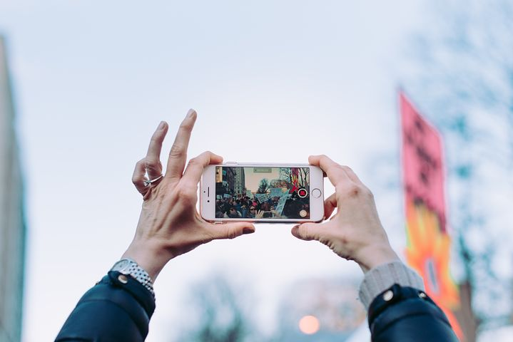 Shoot High Quality Photo and Video With Only An iPhone