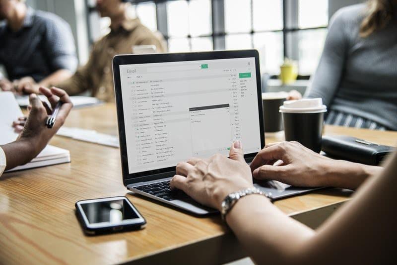 5 Helpful Email Habits